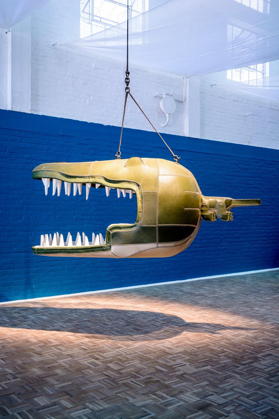 Porky-Hefer_Fiona-Blackfish_Monstera-Deliciosa_killer-whale_chair_Design-Miami-2015_dezeen_936_4